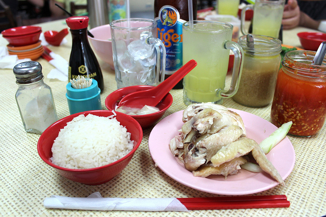 Hainanese chicken rice at Yet Con restaurant in Singapore (WBEZ/Louisa Chu)