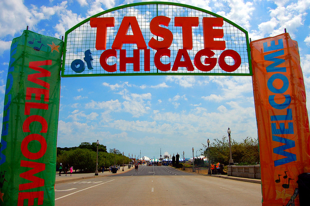 Welcome to the Taste of Chicago (WBEZ/Louisa Chu)