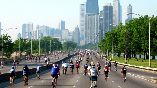 Bike the Drive Chicago, May 2011. (Flickr/Doug Knuth)