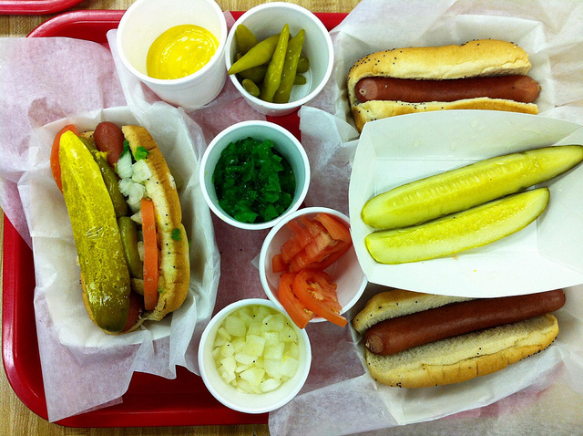 Chicago-style hot dog with condiments at Vienna Beef Café (WBEZ/Louisa Chu)