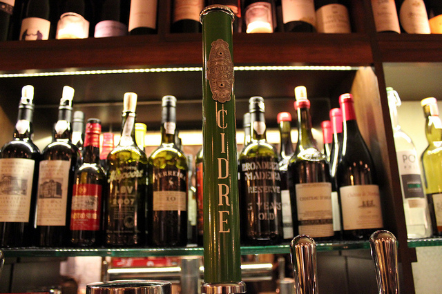 Virtue Lapinette cider draft tap handle takeover at Lula Cafe in Chicago (WBEZ/Louisa Chu)