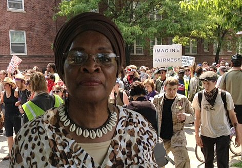 Zakiyyah Muhammad feels the city of Chicago should have made mental health clinics a priority over the NATO summit. (WBEZ/Odette Yousef)