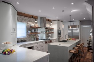 http://www.caesarstoneus.com/ApplicationsImages/Modern/20131118-Beckwith_Coyle-33_f.jpg