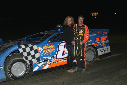 S.R. PETE 7 SONS SUPER LATE MODEL WINNER RICK ELLIOTT