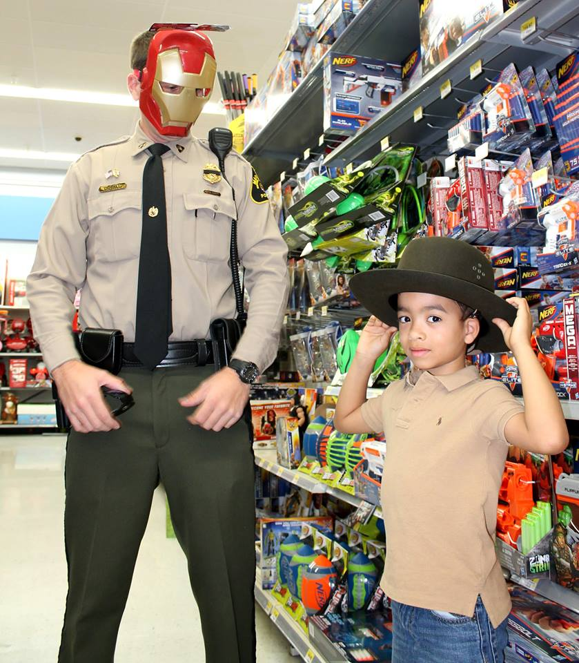 Officer Duvall and his shopping buddy (Courtesy: Maryland Natural Resources Police)