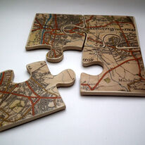 Pot stand/coasters with Kingston map