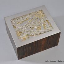 Stunning box with Helen London Silversmith. www.helenlondon.co.uk