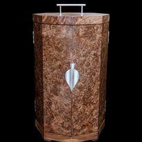 Case for stunning bespoke trophy with Helen London Silversmith. www.helenlondon.co.uk
