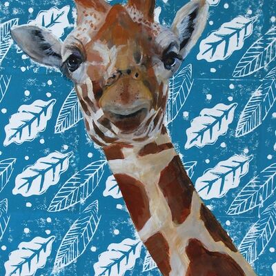Giraffe on blue
