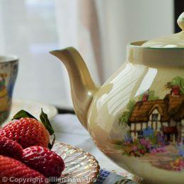Tea - Crown Ducal.