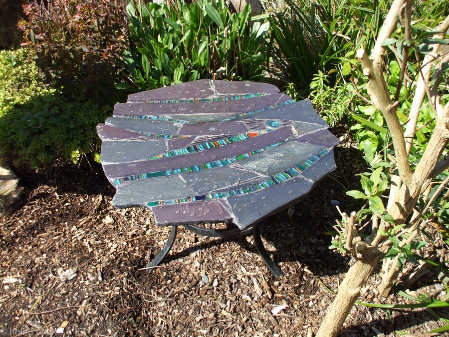 Garden table, 'Andamento' (flow)