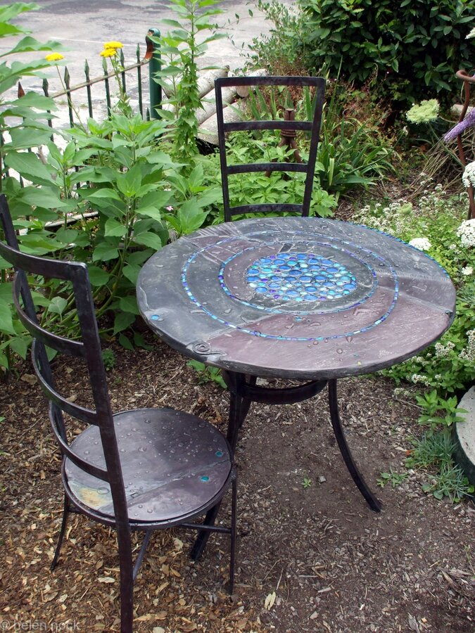 Blue pool gold edition handmade garden table and chairs for Poolside table and chairs
