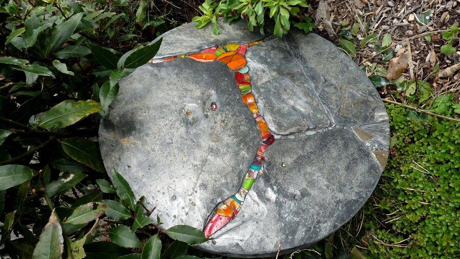 Lava Flow garden table