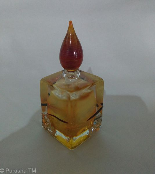Perfume Bottle tear drop stem square base light gold with brown fleck