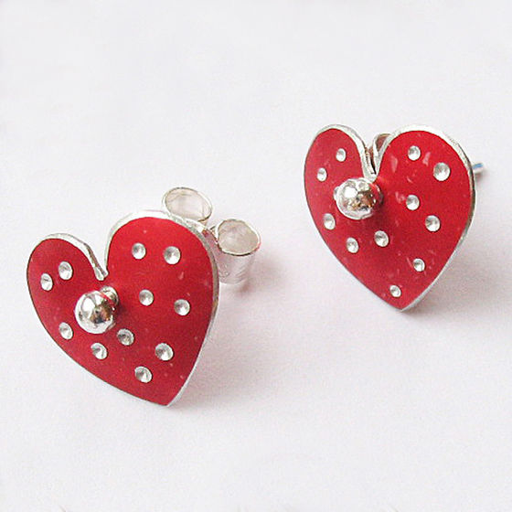 PD5 Polka dot heart stud earrings in red
