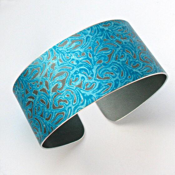 AL10 Aluminium cuff in petrol blue