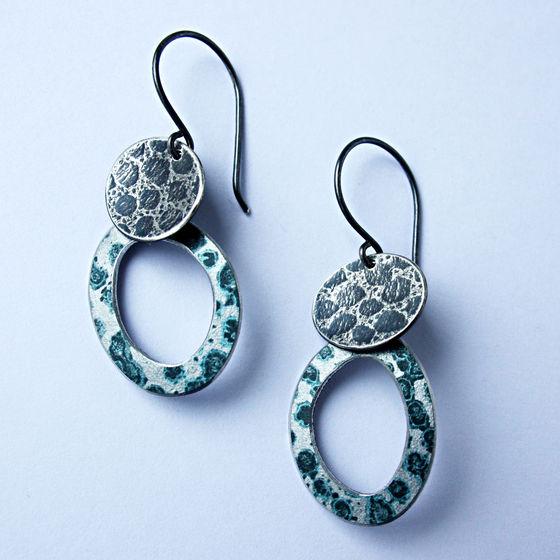TS4 Drop earrings in oxidised silver and black spot print hoop