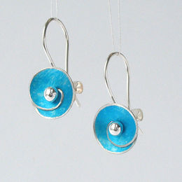 SP2 Spiral disc drop earrings in turquoise blue