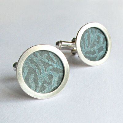 AL12 Silver circle cufflinks in petrol grey