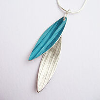 LC8 Two leaf pendant in petrol blue and milled silver