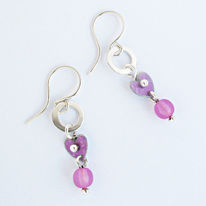 SL4 Silver and mauve heart with pink bead drop earrings