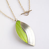 SL13 Silver and lime green large curved pendant