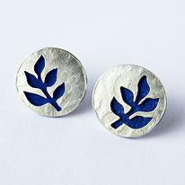 SLT2 Silver stud earrings in royal blue