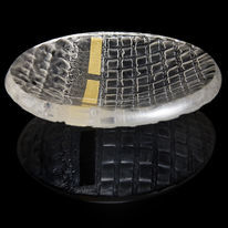 Clear glass bowl with 23.5ct gold