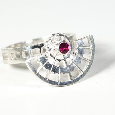 Rhodolite Garnet spinner ring