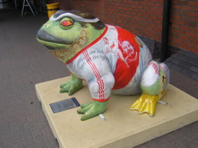 Larkin25 Toad - Hull KR memorial