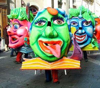 walk about figures European carnival