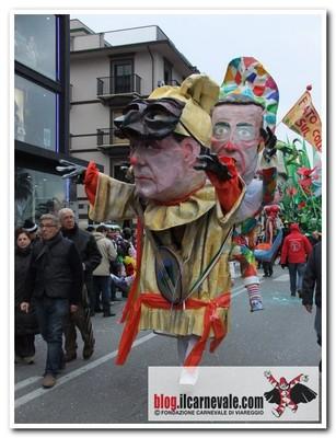 viareggio carnival figure