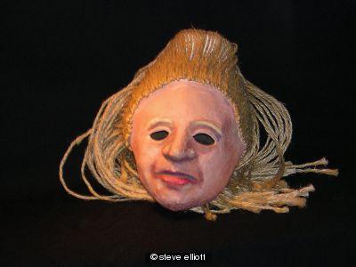 Drummer Lyns mask