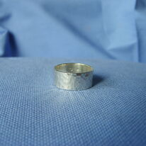 Dimpled ring