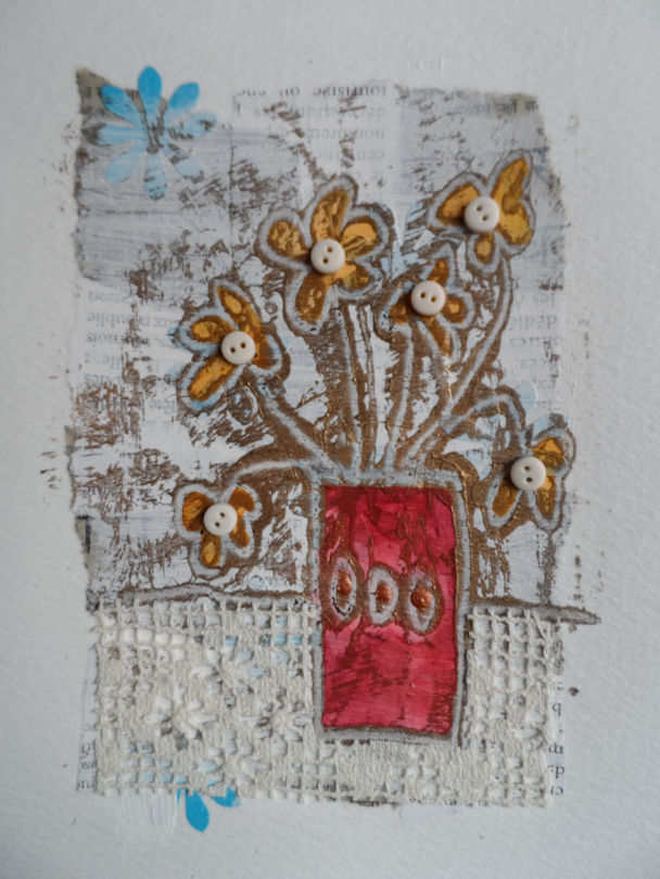 Monoprint flowers gold outline