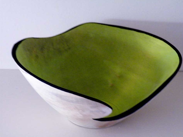 green-lined-vessel