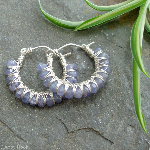Kiss Kross Hoop Earrings - Tanzanite