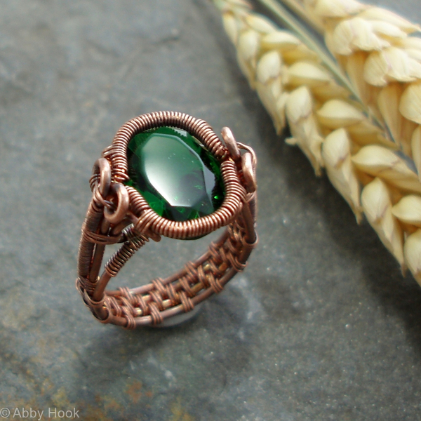 Spiral Bezel Emerald Ring