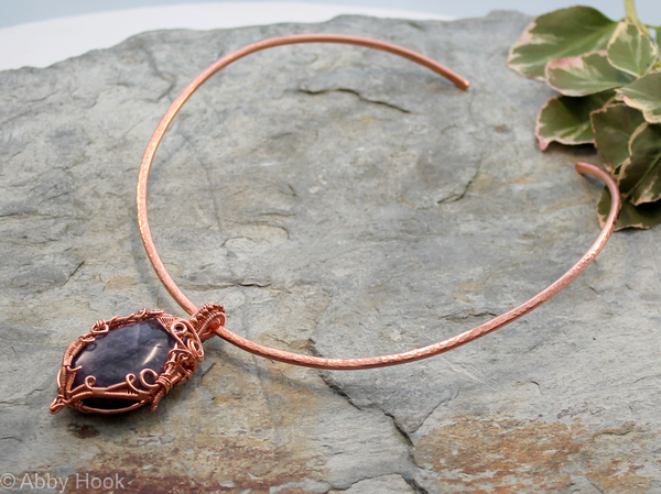 how to make a torc necklace