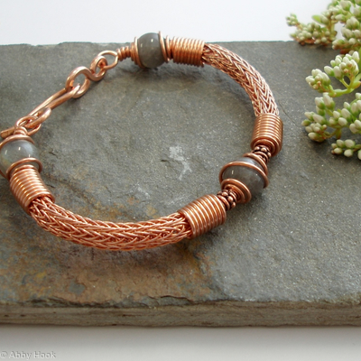 Torcesque - Labradorite and Copper bracelet
