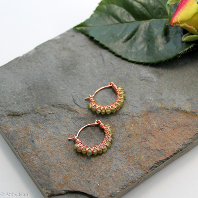 Kiss Kross Hoop Earrings - Copper wire and faceted Peridot - small