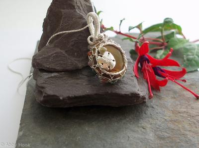 Mookaite Sand Dollar pendant - Sterling silver