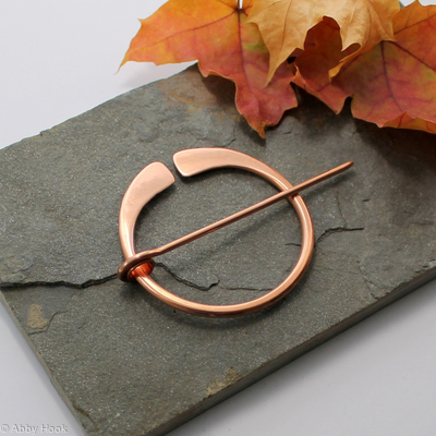 Penannular Brooch - Smooth Copper - large