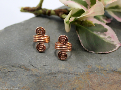 Double Spiral Beard, Dreadlock or braid ring or bead - Shiny Copper - Medium - 1 pair