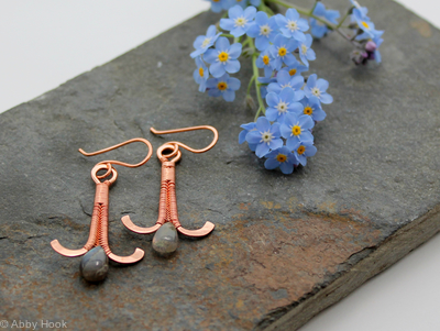 Simply Elegant wire woven earrings - copper and Labradorite wire wrapped dangle earrings