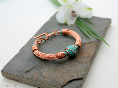 1470661a564 Turquoise and Copper wire wrapped bracelet - Torcesque