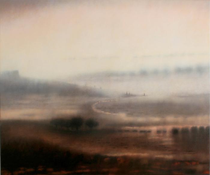 Traces beneath the mist