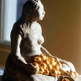 Eve - An Inquiring Mind
