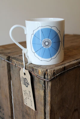 Bindweed flower mug