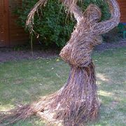 Willow sculptures -Confront
